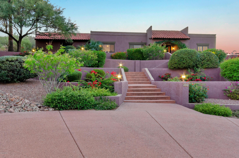 Photo of 635 W Atua Place, Oro Valley, AZ 85737