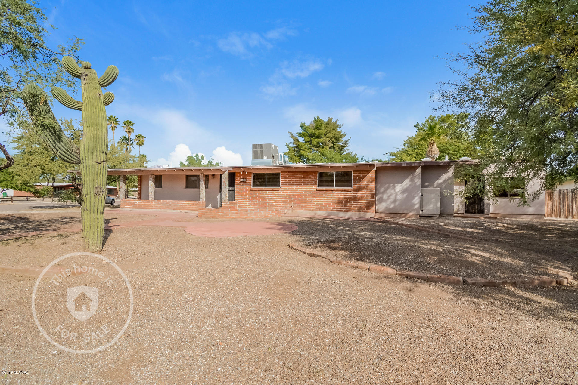 Photo of 6909 E Mesa Grande Drive, Tucson, AZ 85715