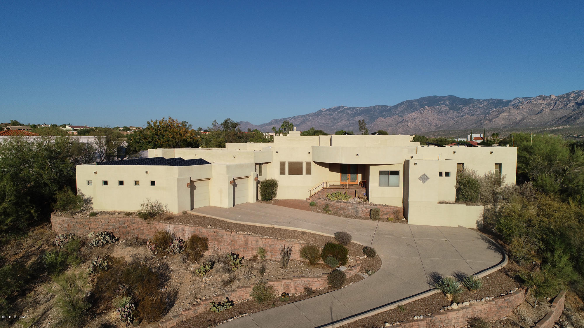 Photo of 10540 N Starsearcher Place, Oro Valley, AZ 85737
