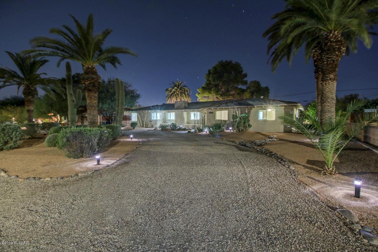 Photo of 4241 E Holmes Street, Tucson, AZ 85711