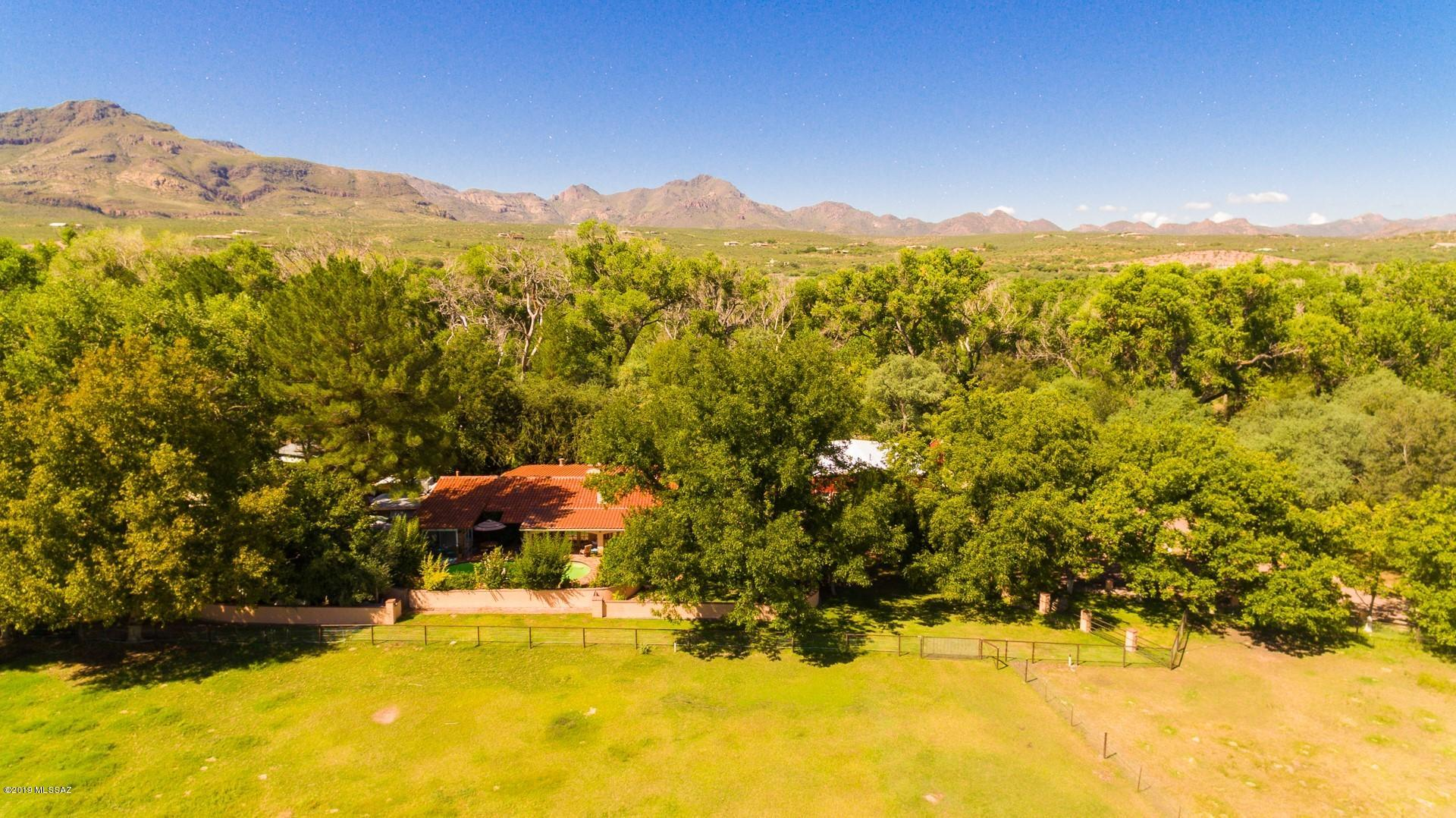Photo of 35 Clark Crossing Road, Tubac, AZ 85646