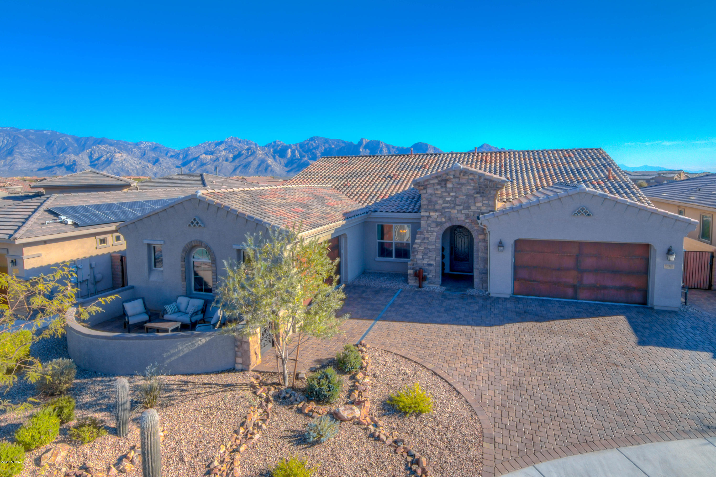 Photo of 13518 N Trailing Indigo Court, Oro Valley, AZ 85755