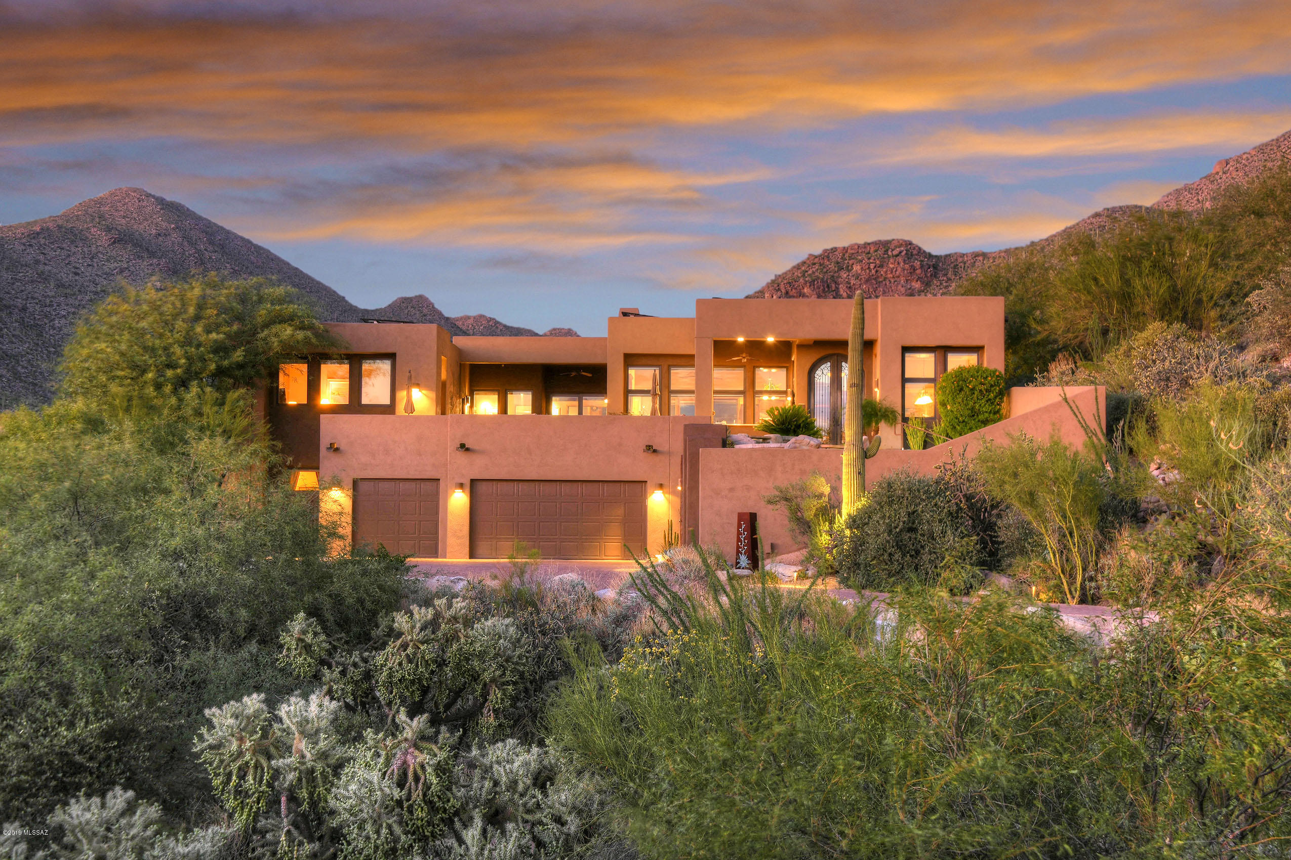 Photo of 13998 N DOVE CANYON PASS, Marana, AZ 85658