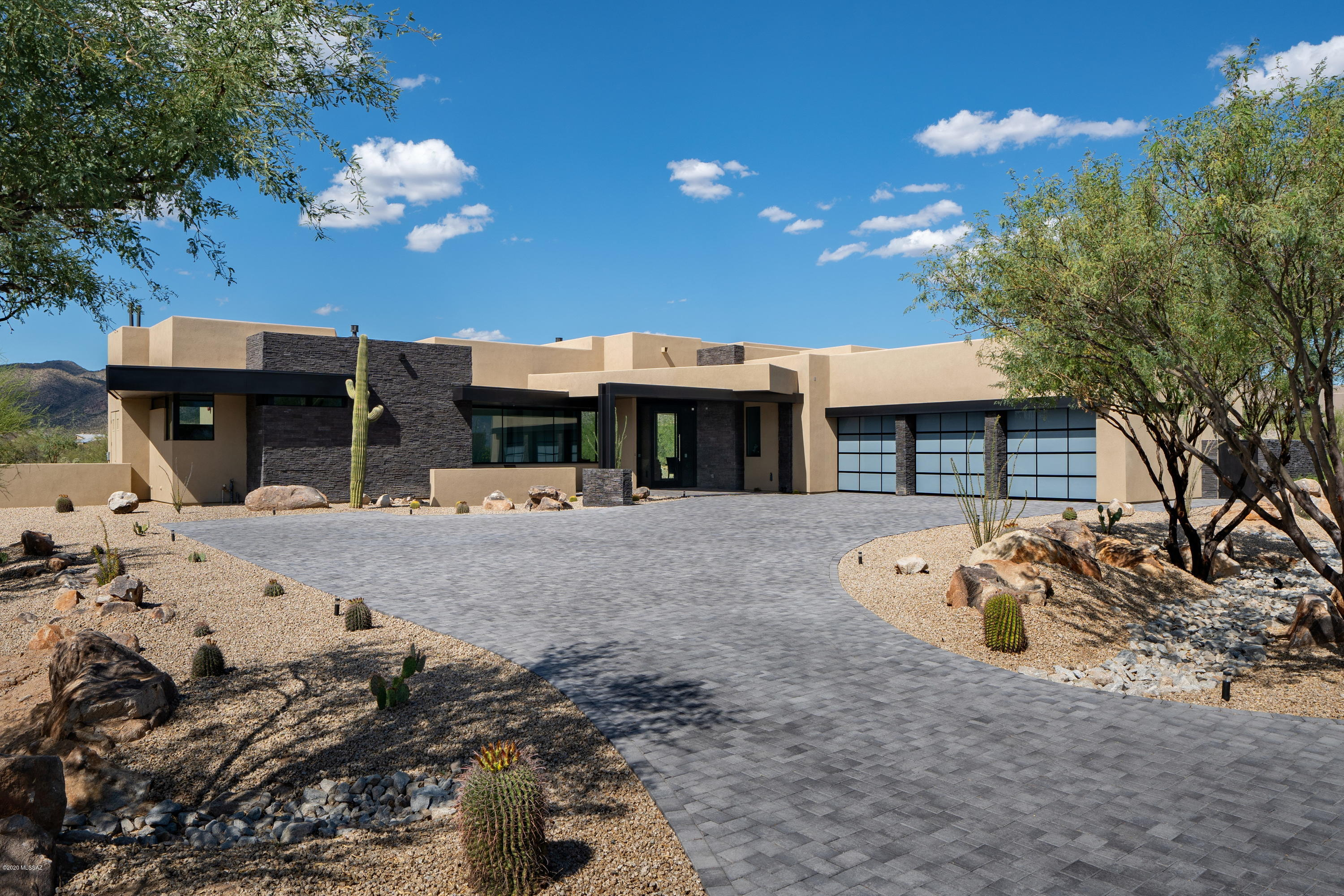 Photo of 14011 N Old Forest Trail, Oro Valley, AZ 85755