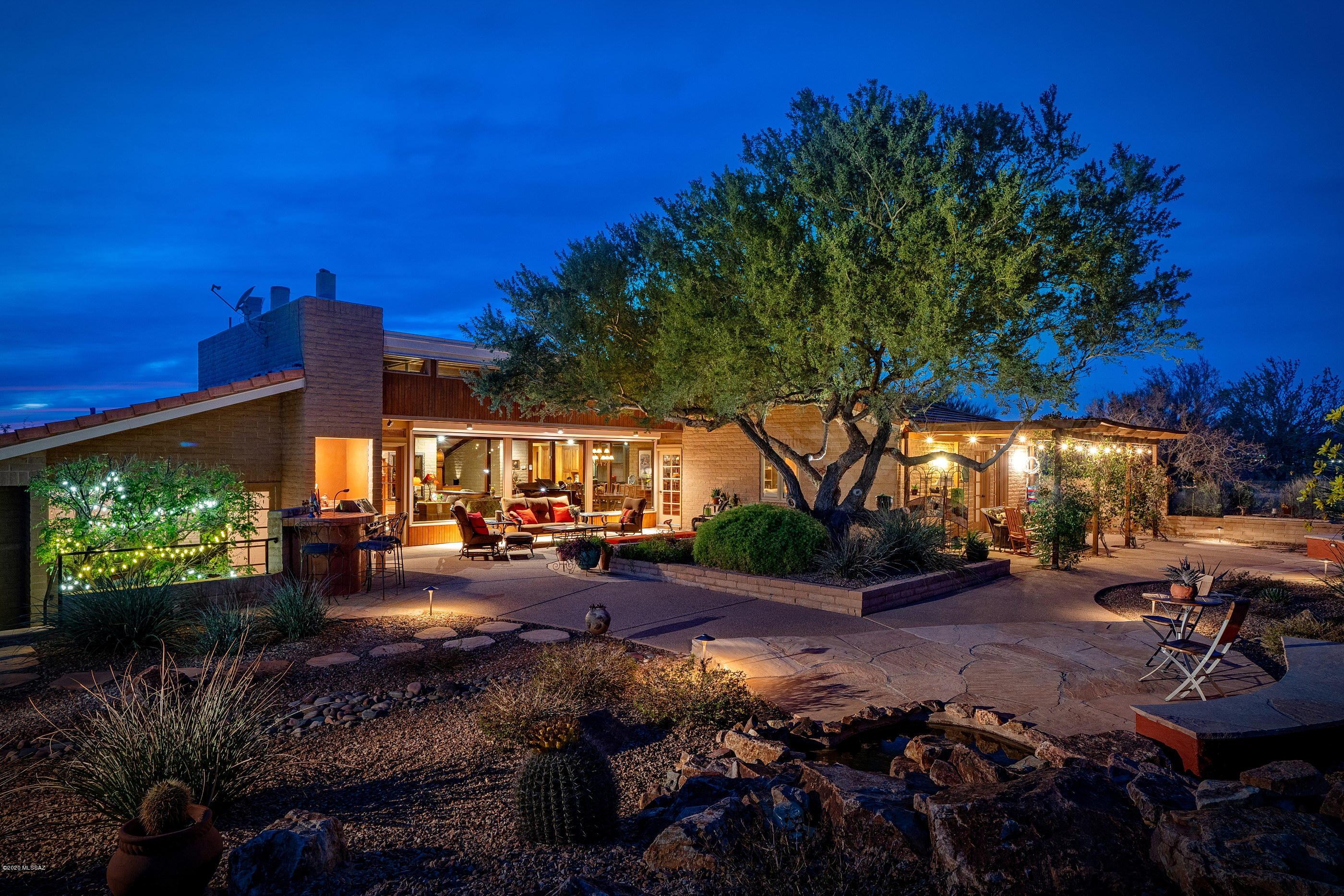 Photo of 710 W Bangalor Drive, Oro Valley, AZ 85737