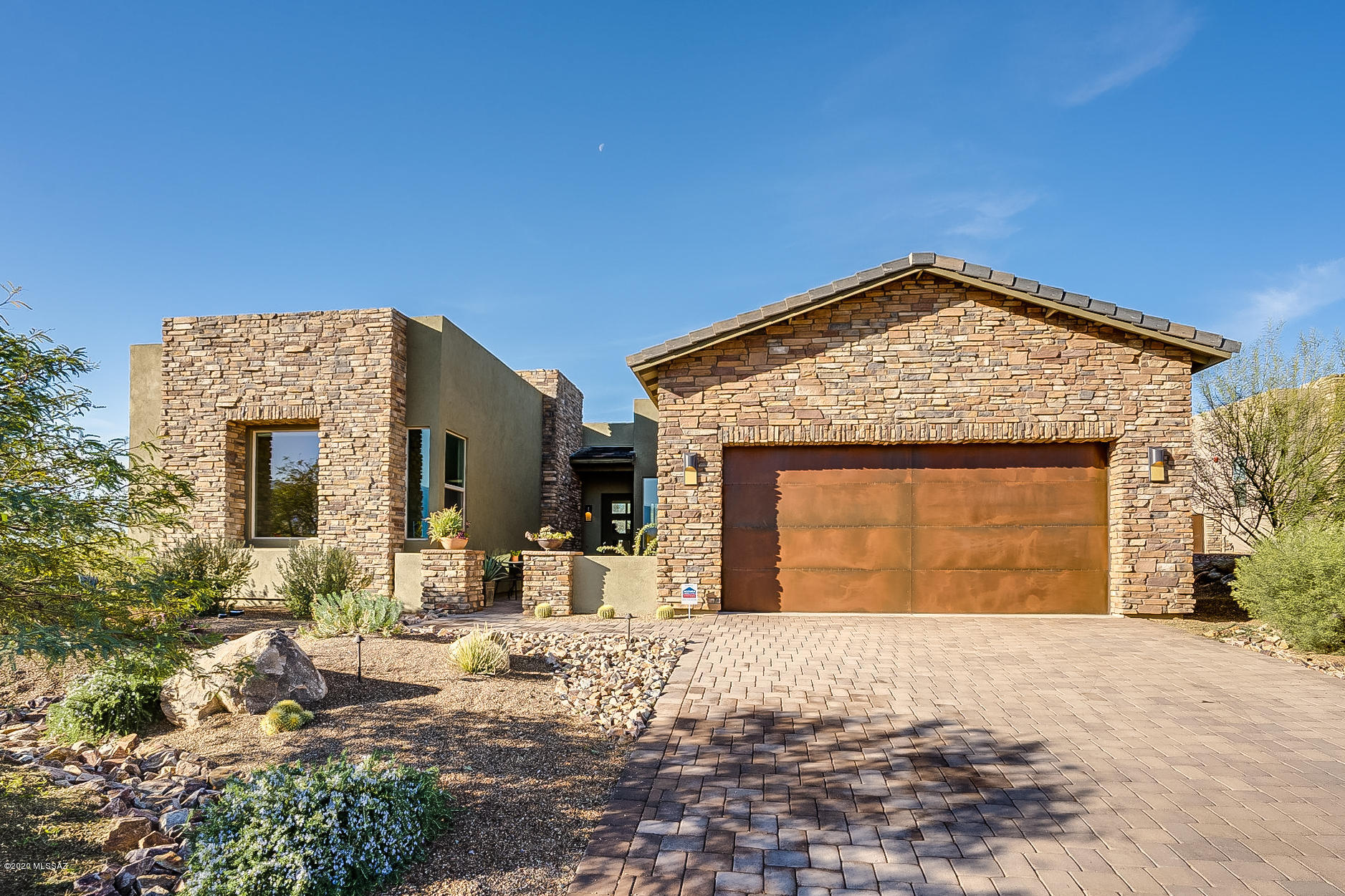 Photo of 14197 N Hidden Enclave Place, Oro Valley, AZ 85755