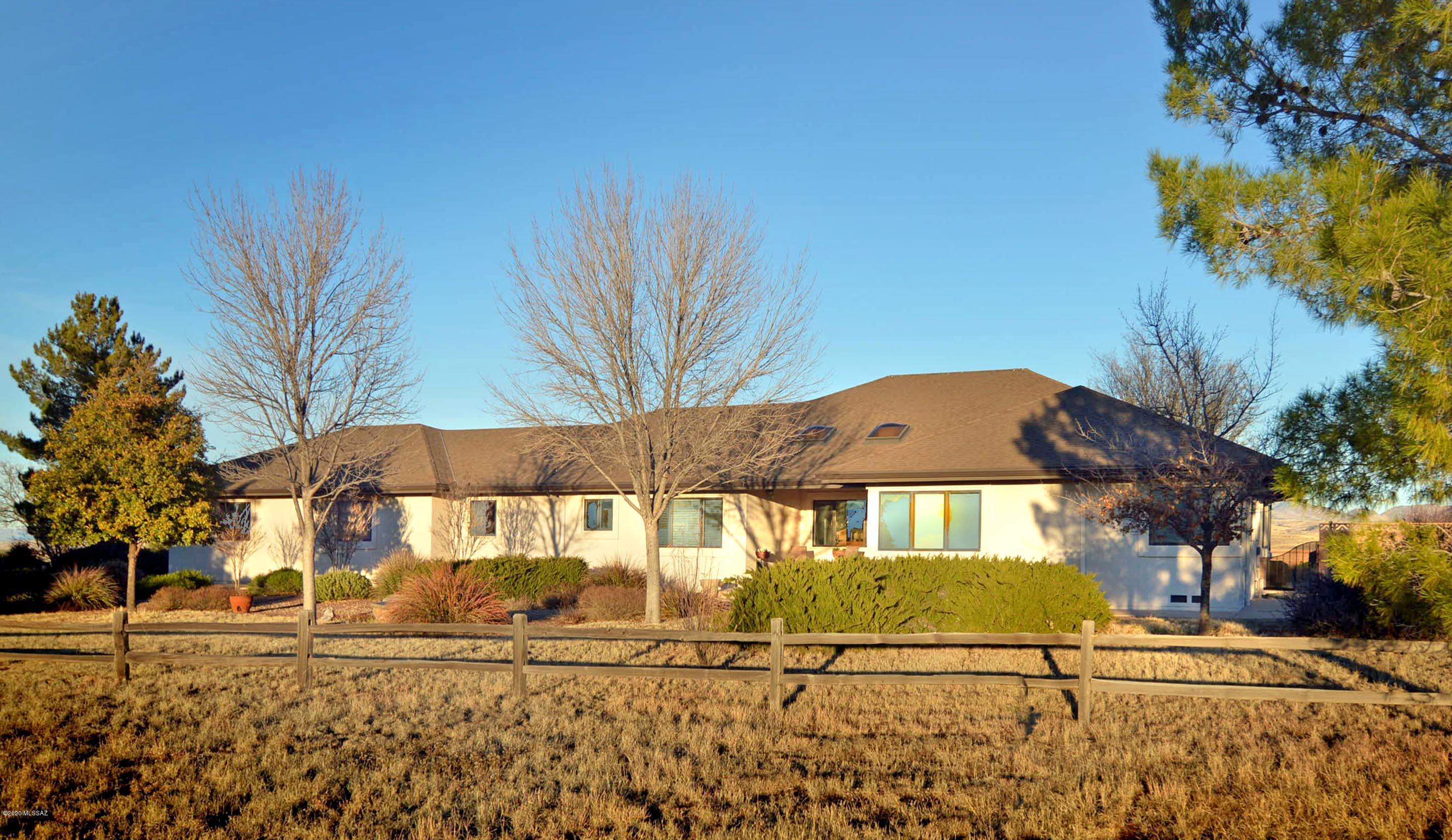 Photo of 393 Curly Horse Road, Sonoita, AZ 85637