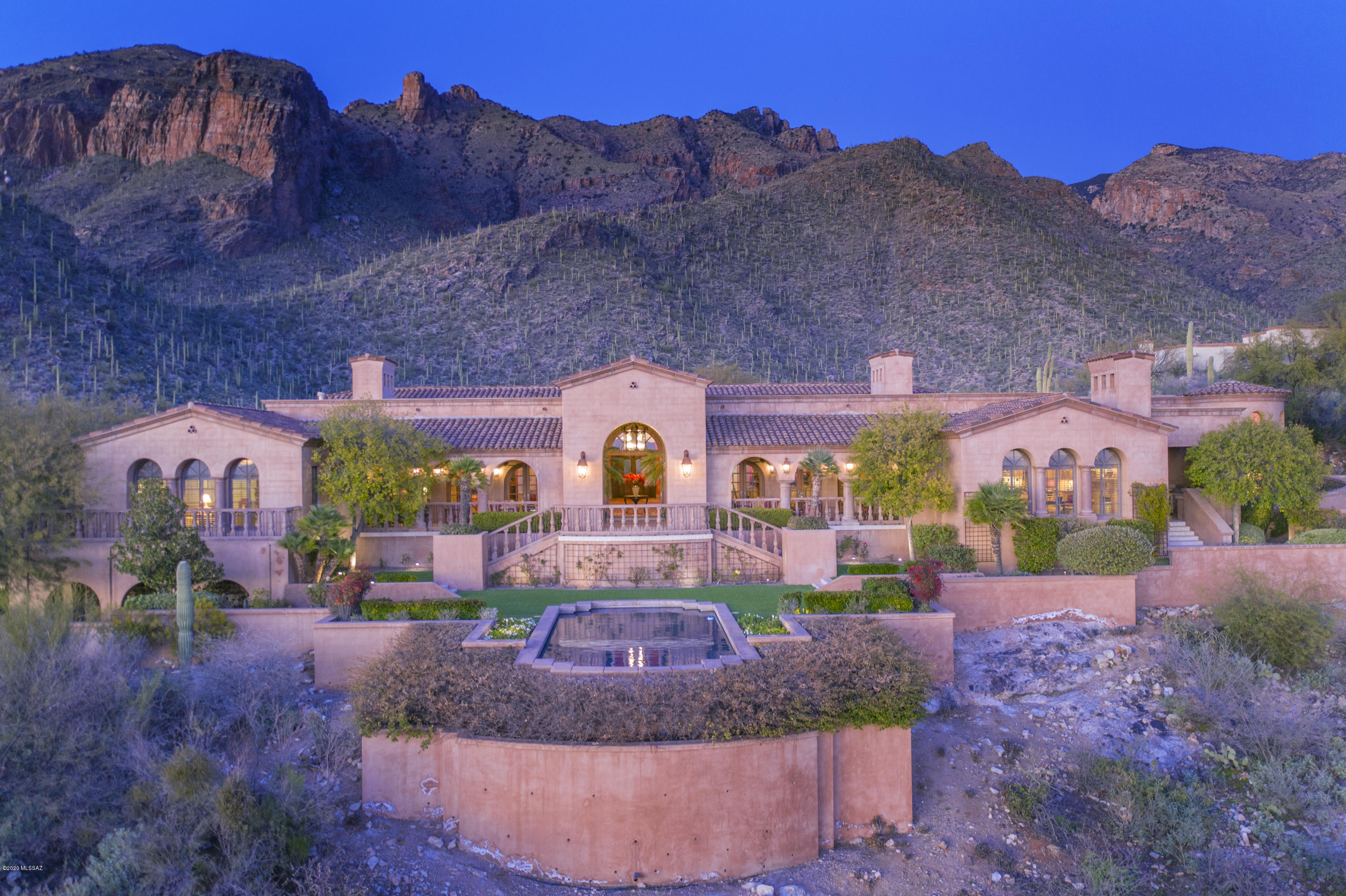 Photo of 7406 N Secret Canyon Drive, Tucson, AZ 85718