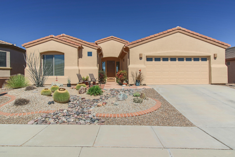 Photo of 1032 W Mountain Stone Drive, Green Valley, AZ 85614