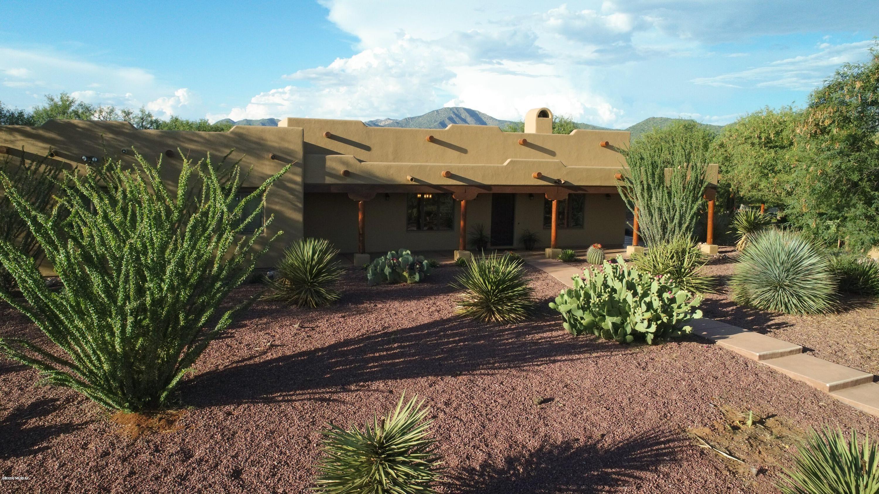 Photo of 200 Willow Cross Circle, Nogales, AZ 85621