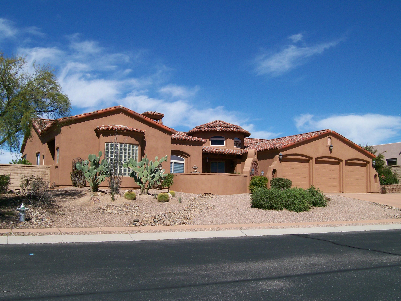 Photo of 22 W Desert Knoll Place, Oro Valley, AZ 85737