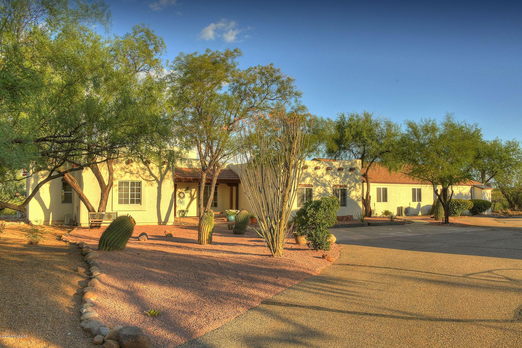 Photo of 3100 W Calle Dos, Green Valley, AZ 85622