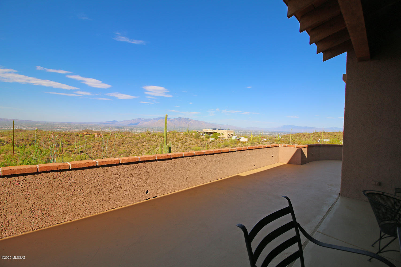 Photo of 7285 W El Camino Del Cerro, Tucson, AZ 85745