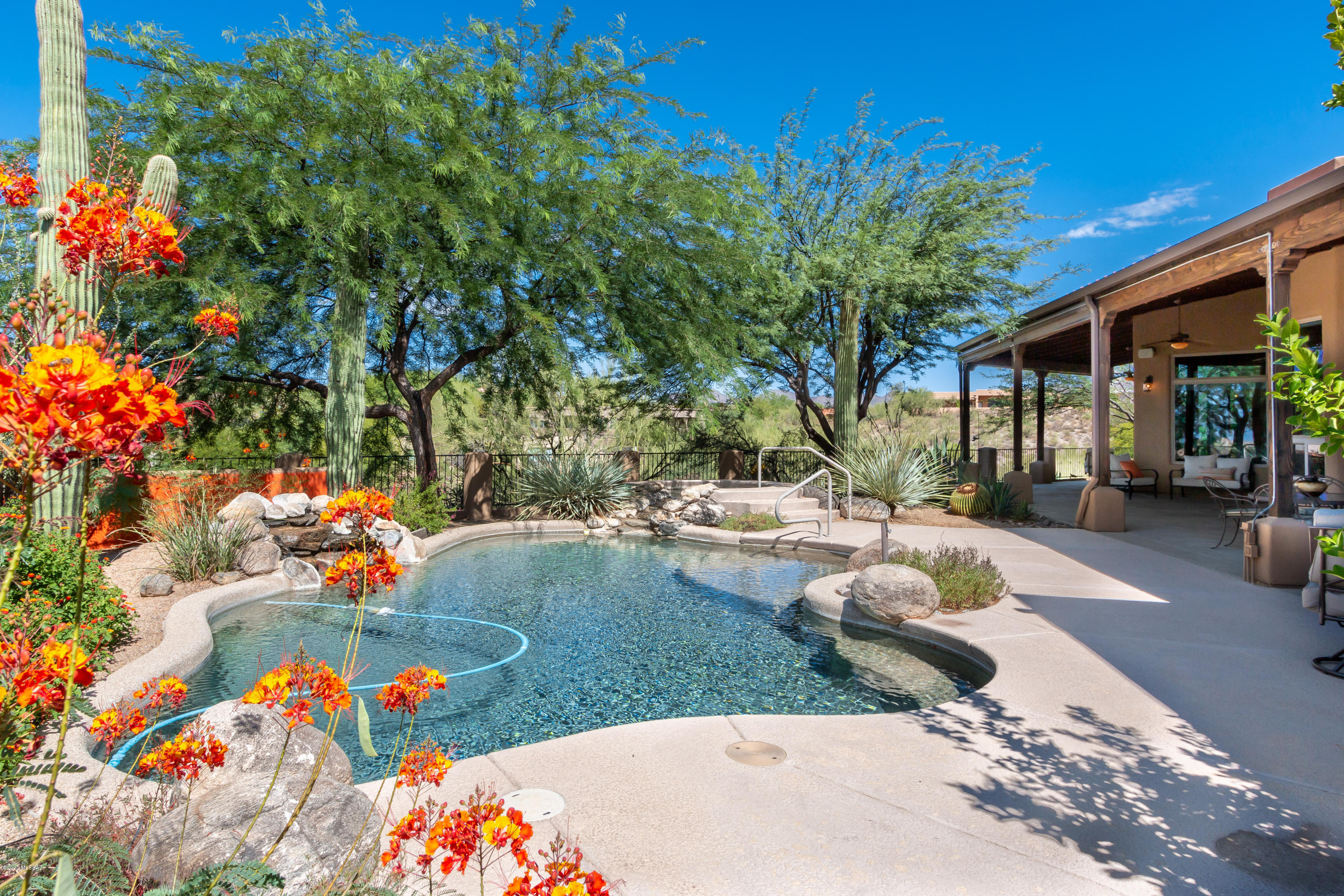 Photo of 12093 N Red Mountain Drive, Oro Valley, AZ 85755
