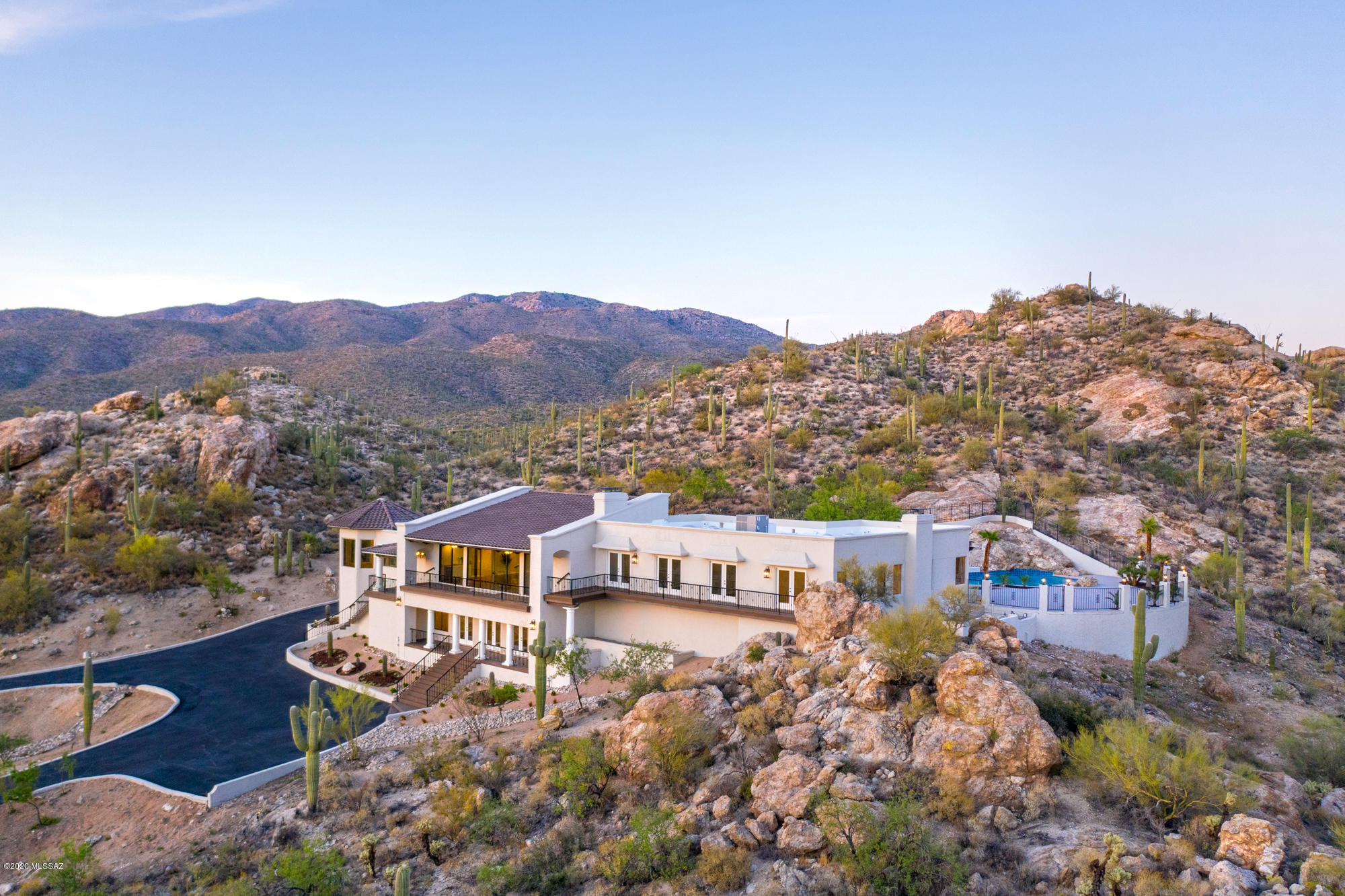 Photo of 2302 N Camino Cascabel, Tucson, AZ 85749