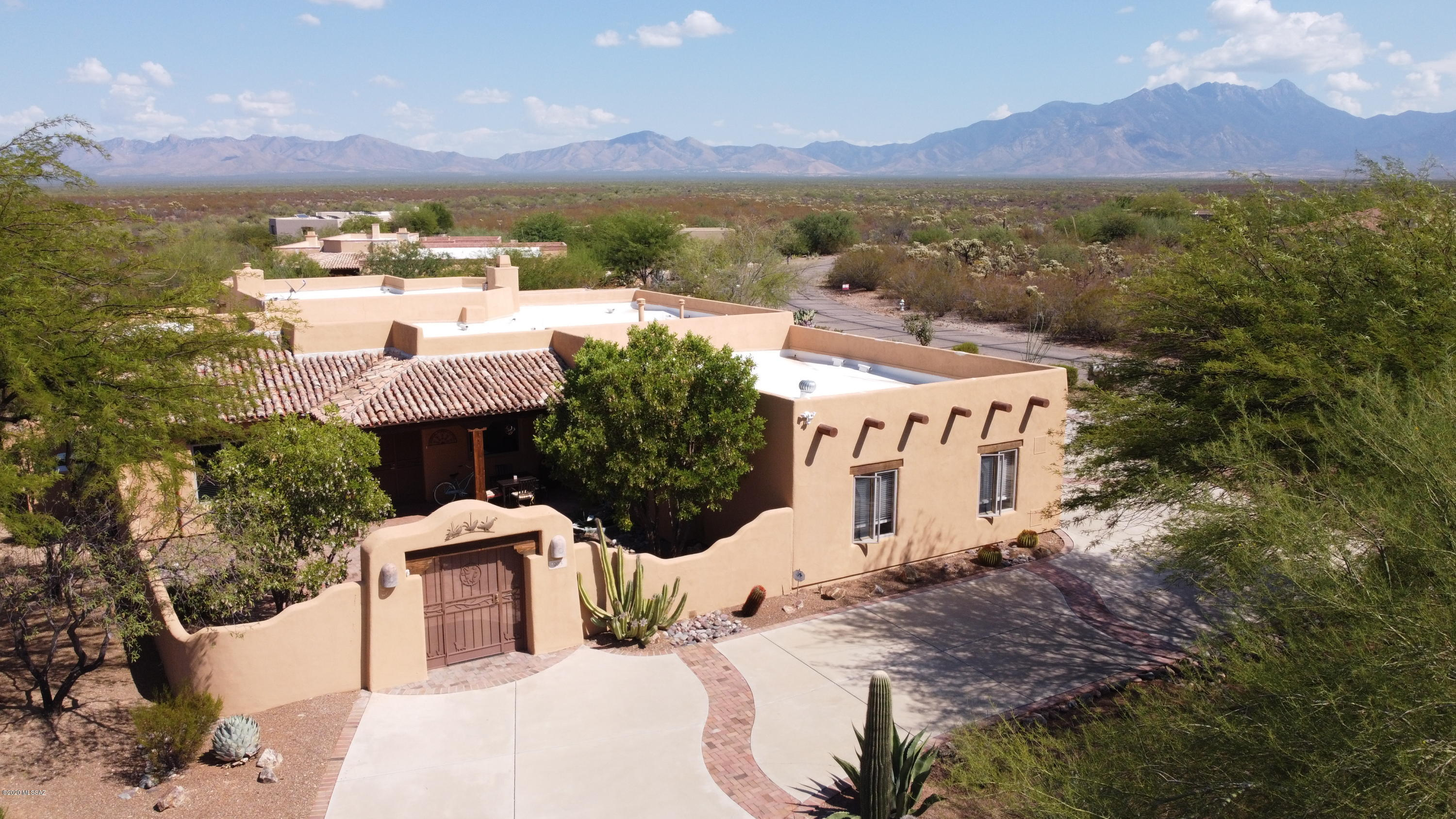 Photo of 903 S Preservation Place, Green Valley, AZ 85614