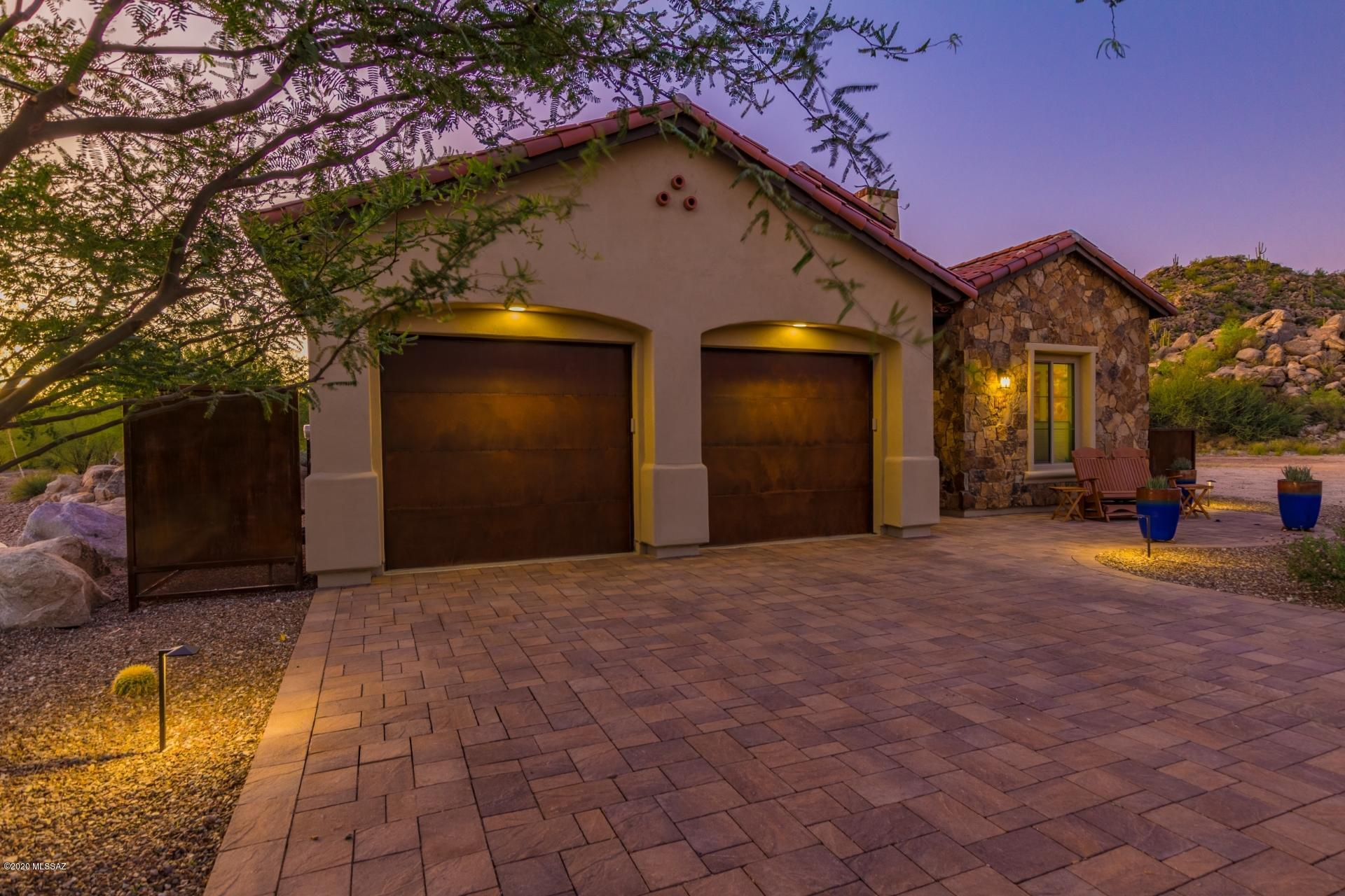 Photo of 14319 N Mickelson Canyon Court, Oro Valley, AZ 85755