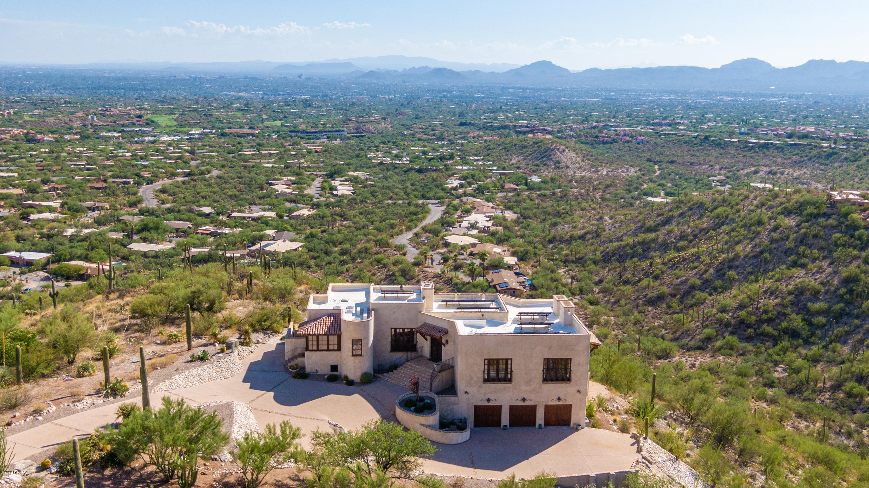 Photo of 6941 N Finger Rock Place, Tucson, AZ 85718