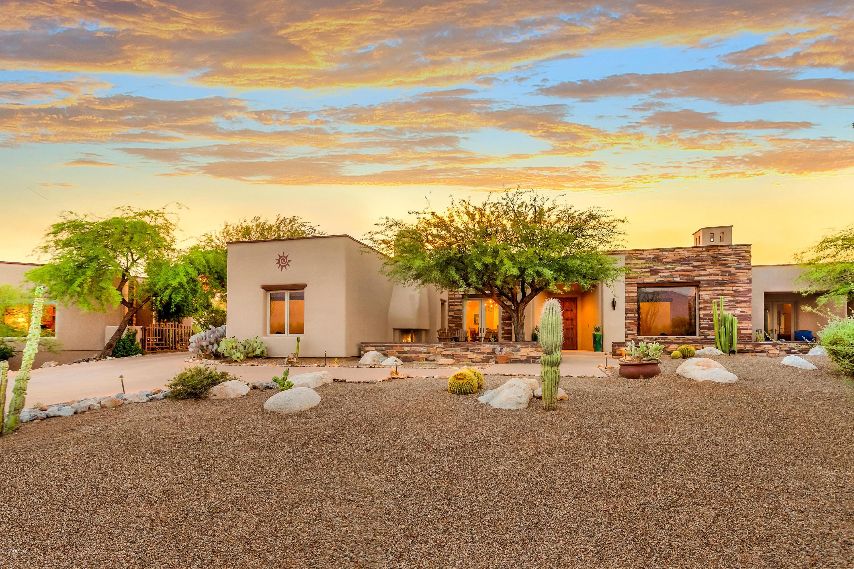 Photo of 14005 N Honey Tree Place, Oro Valley, AZ 85755