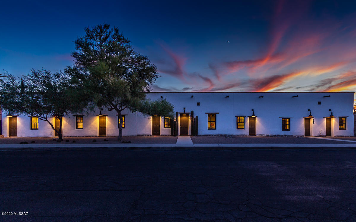 Photo of 560 S Convent Avenue, Tucson, AZ 85701