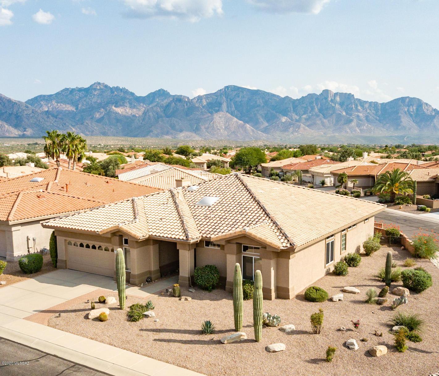Photo of 1654 E Crown Ridge Way, Oro Valley, AZ 85755