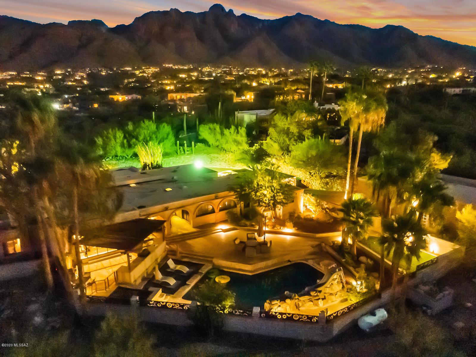 Photo of 6742 N Altos Primero, Tucson, AZ 85718