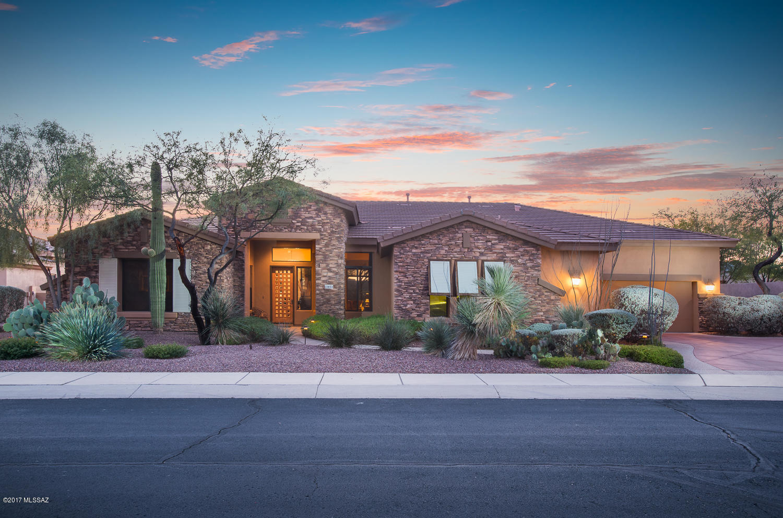 Photo of 13853 N Steprock Canyon Place, Oro Valley, AZ 85755