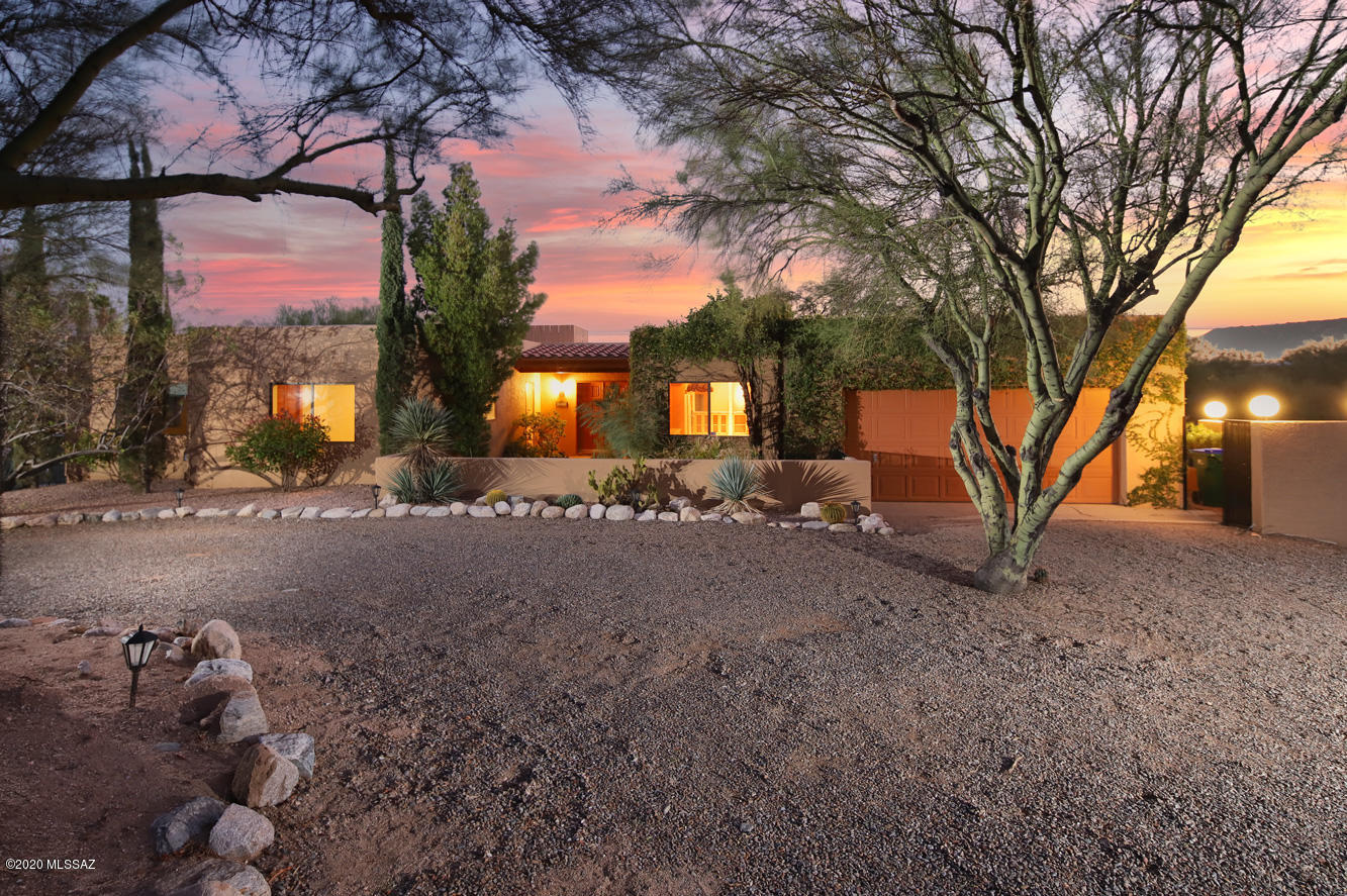 Photo of 4400 E Calle Del Conde, Tucson, AZ 85718