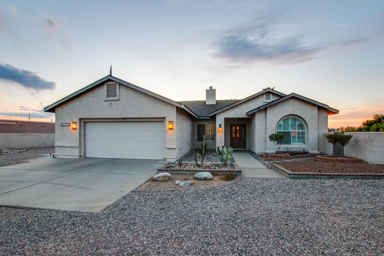 Photo of 5785 N Escondido Lane, Tucson, AZ 85704