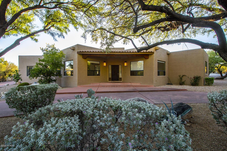 Photo of 5761 N Chieftan Trail, Tucson, AZ 85750