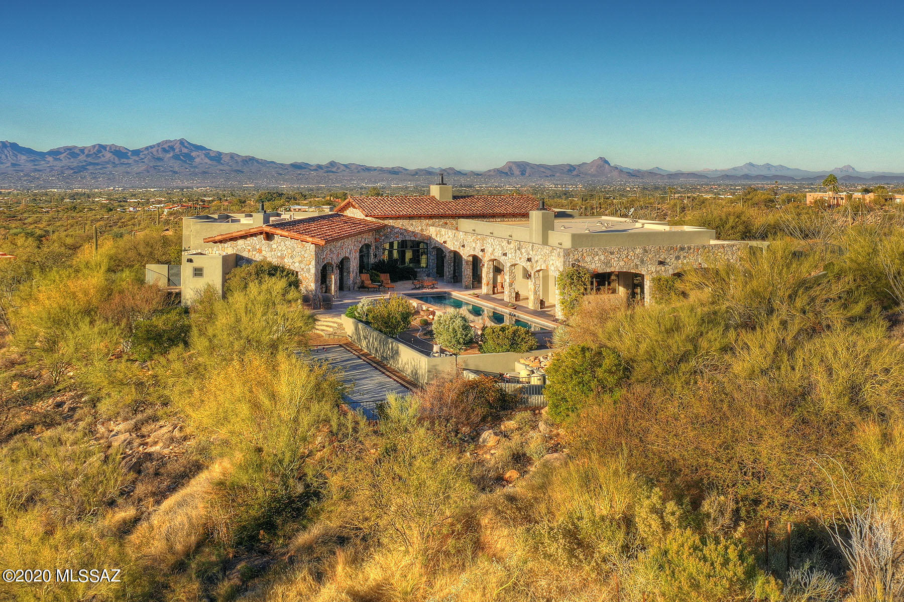 Photo of 7695 N Ancient Indian Drive, Tucson, AZ 85718