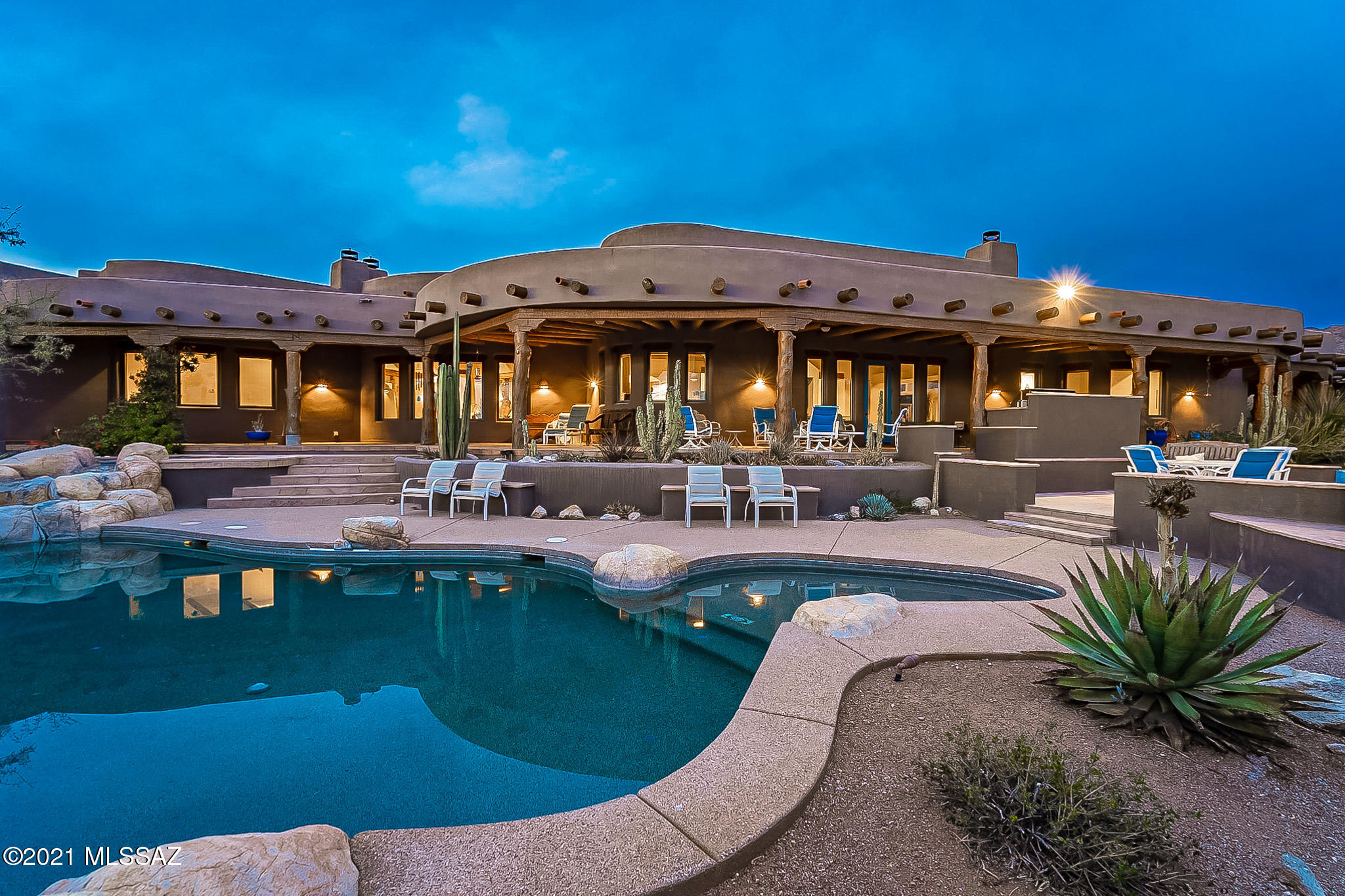 Photo of 5150 N Windsong Canyon Drive, Tucson, AZ 85749