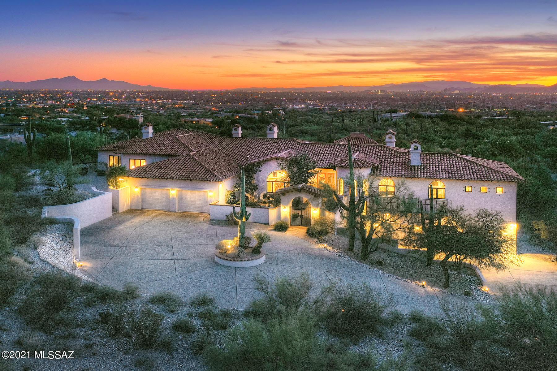 Photo of 3540 E CALLE PUERTA DE ACERO, Tucson, AZ 85718