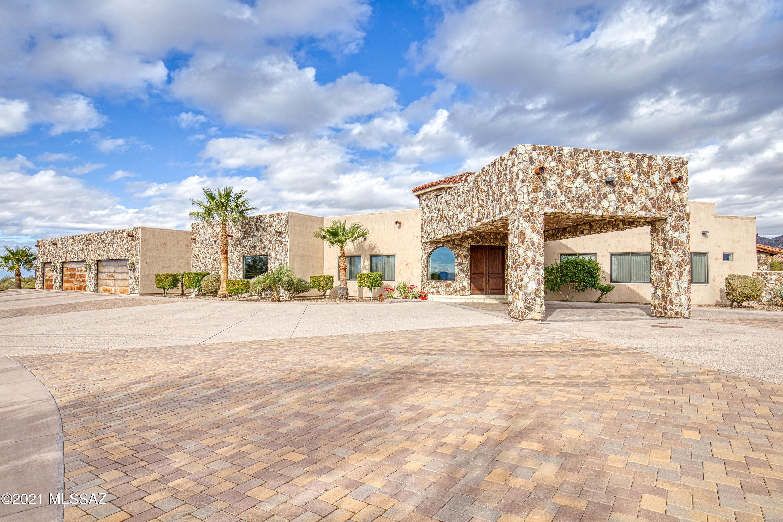 Photo of 13380 N Como Drive, Tucson, AZ 85755