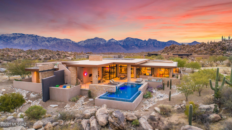 Photo of 1509 W Tortolita Mountain Circle, Oro Valley, AZ 85755