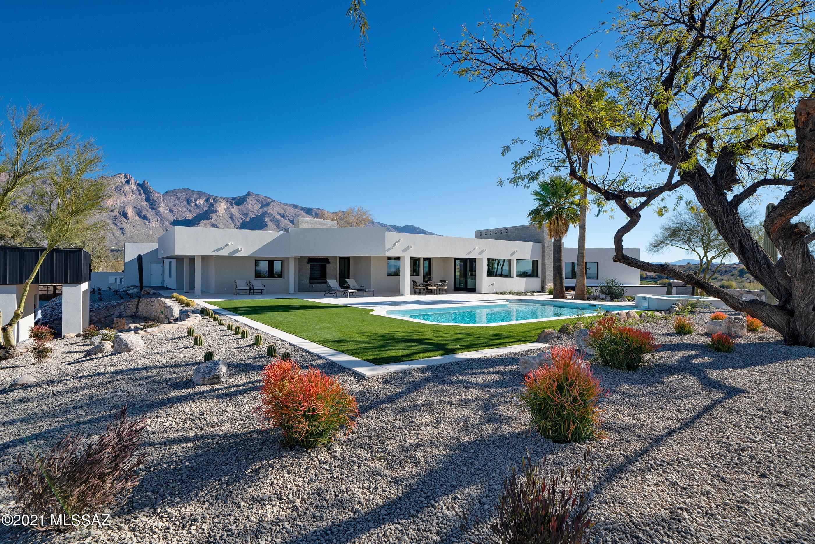 Photo of 6061 N Vista Valverde, Tucson, AZ 85718