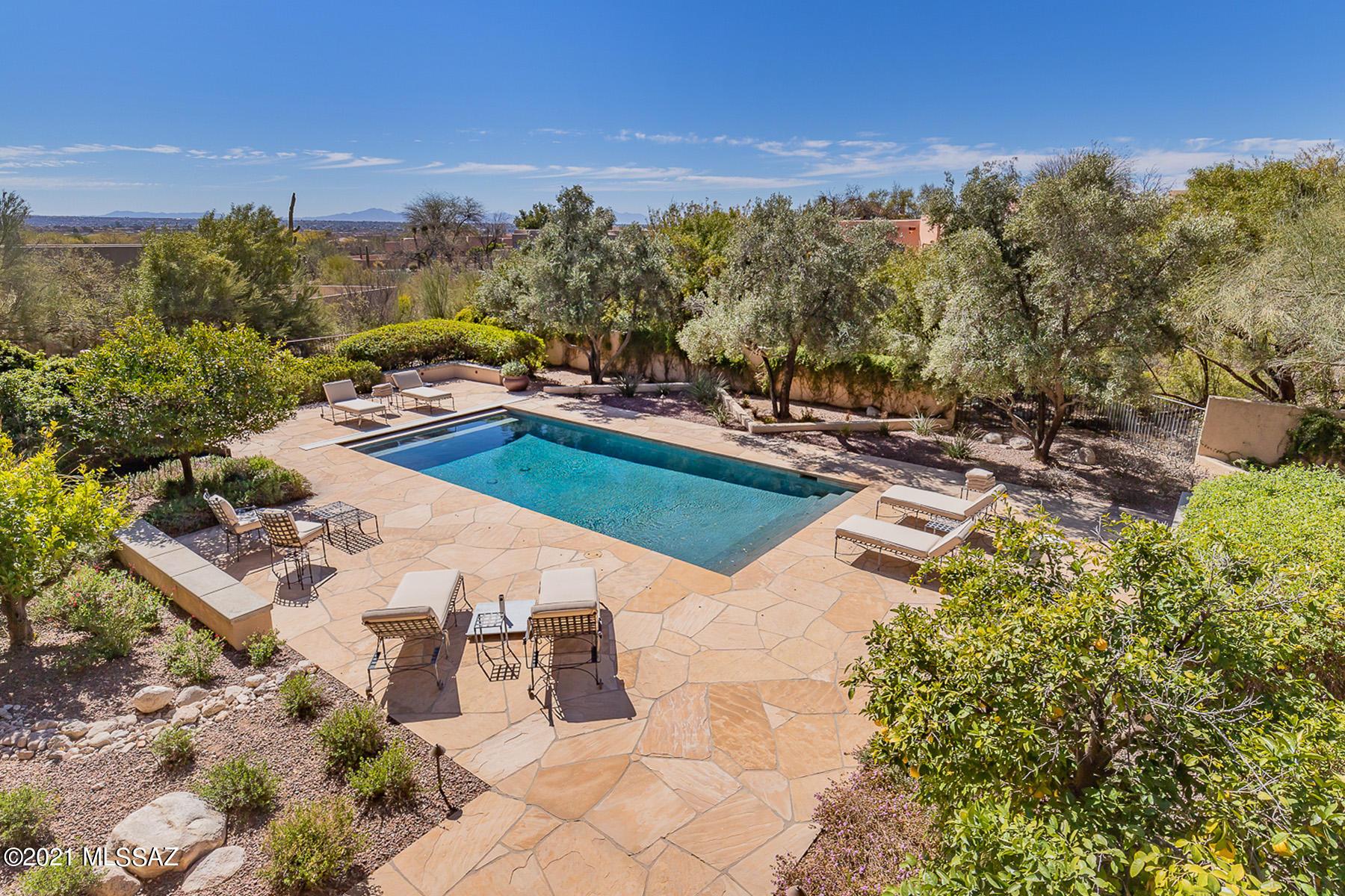 Photo of 8560 E Huntswood Place, Tucson, AZ 85750