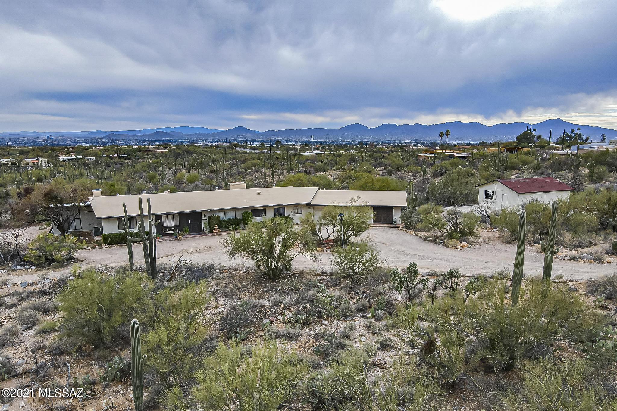 Photo of 2128 E Ina Road, Tucson, AZ 85718