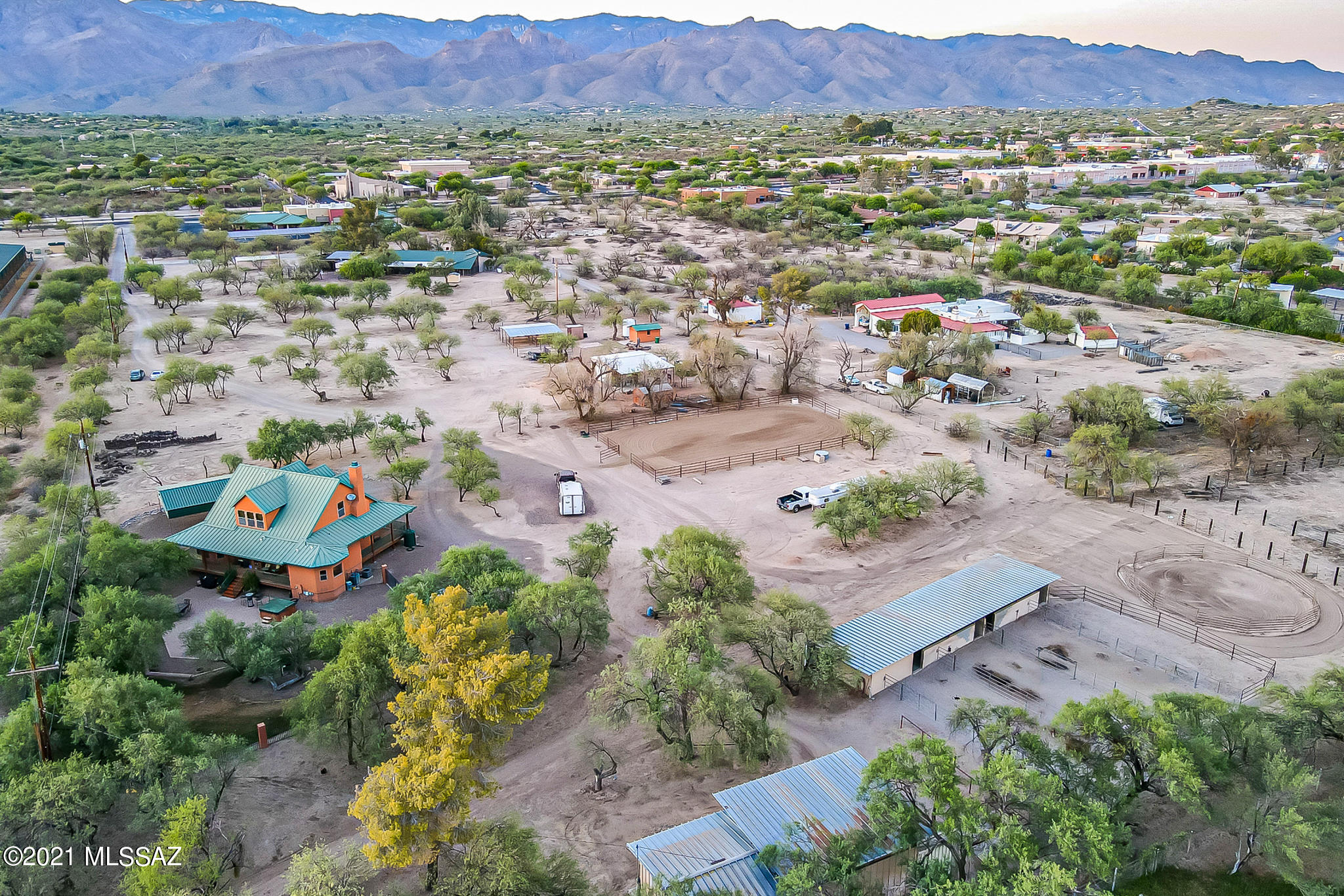 Photo of 8644 E Tanque Verde Road, Tucson, AZ 85749