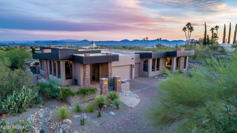 Photo of 7586 N Mystic Canyon Drive, Tucson, AZ 85718