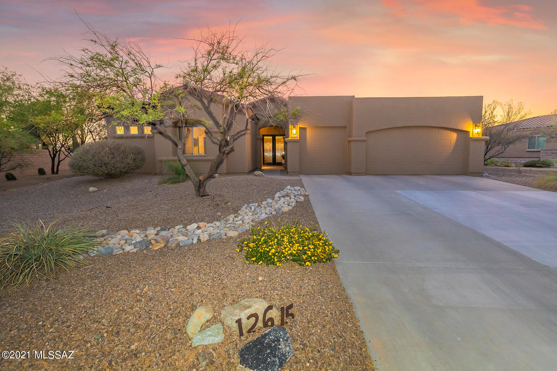 Photo of 12615 N Red Eagle Drive, Oro Valley, AZ 85755
