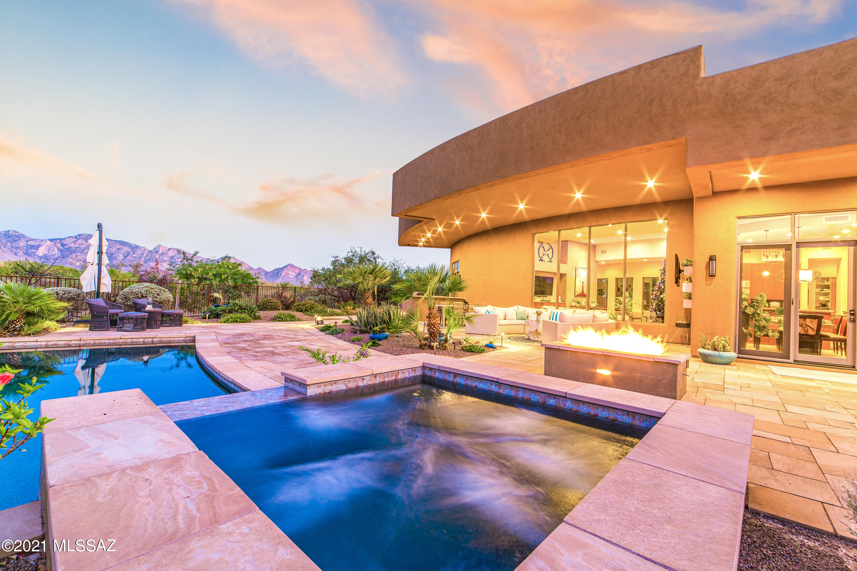 Photo of 1302 W Twisted Mesquite Place, Oro Valley, AZ 85755