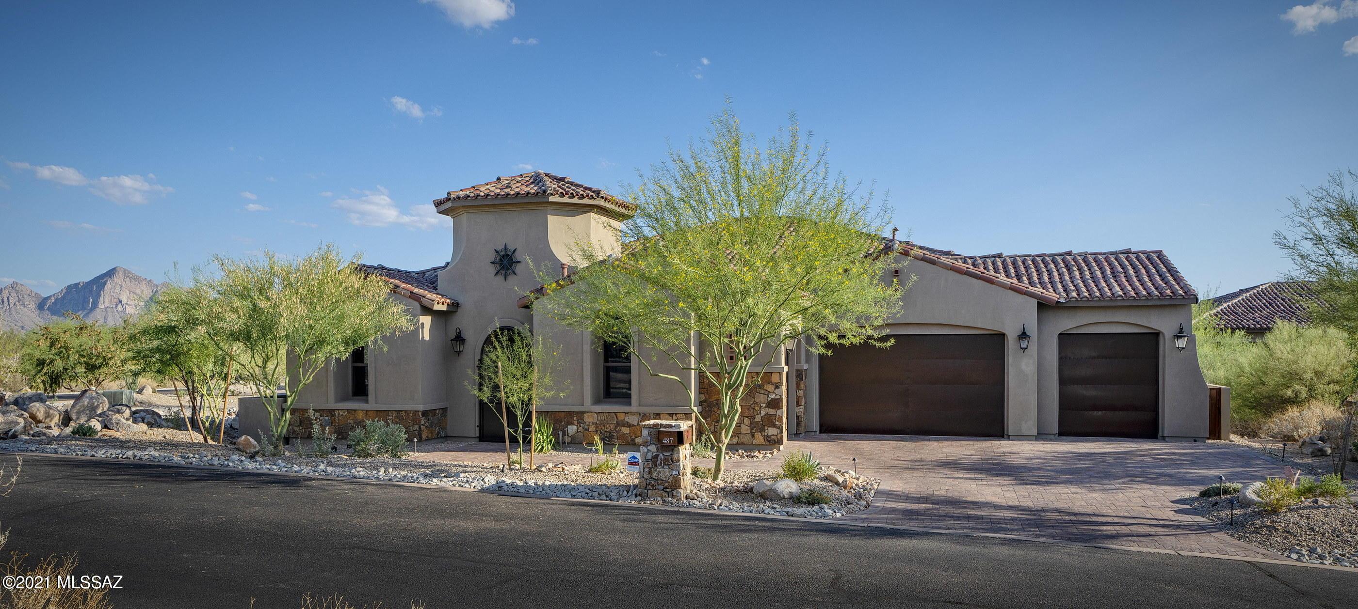 Photo of 487 W Echo Point Place, Oro Valley, AZ 85755
