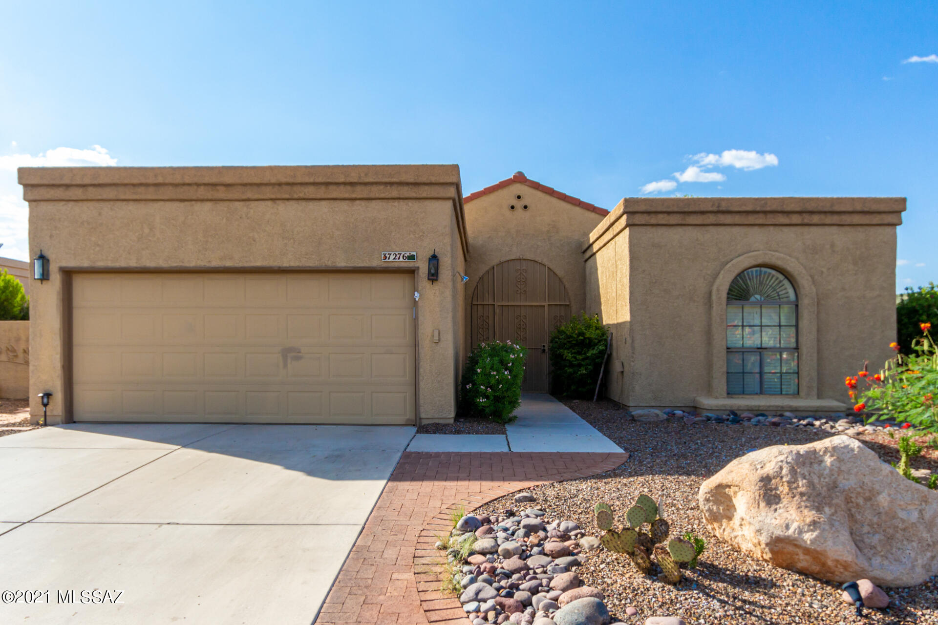 Photo of 37276 S Blackfoot Drive, Saddlebrooke, AZ 85739