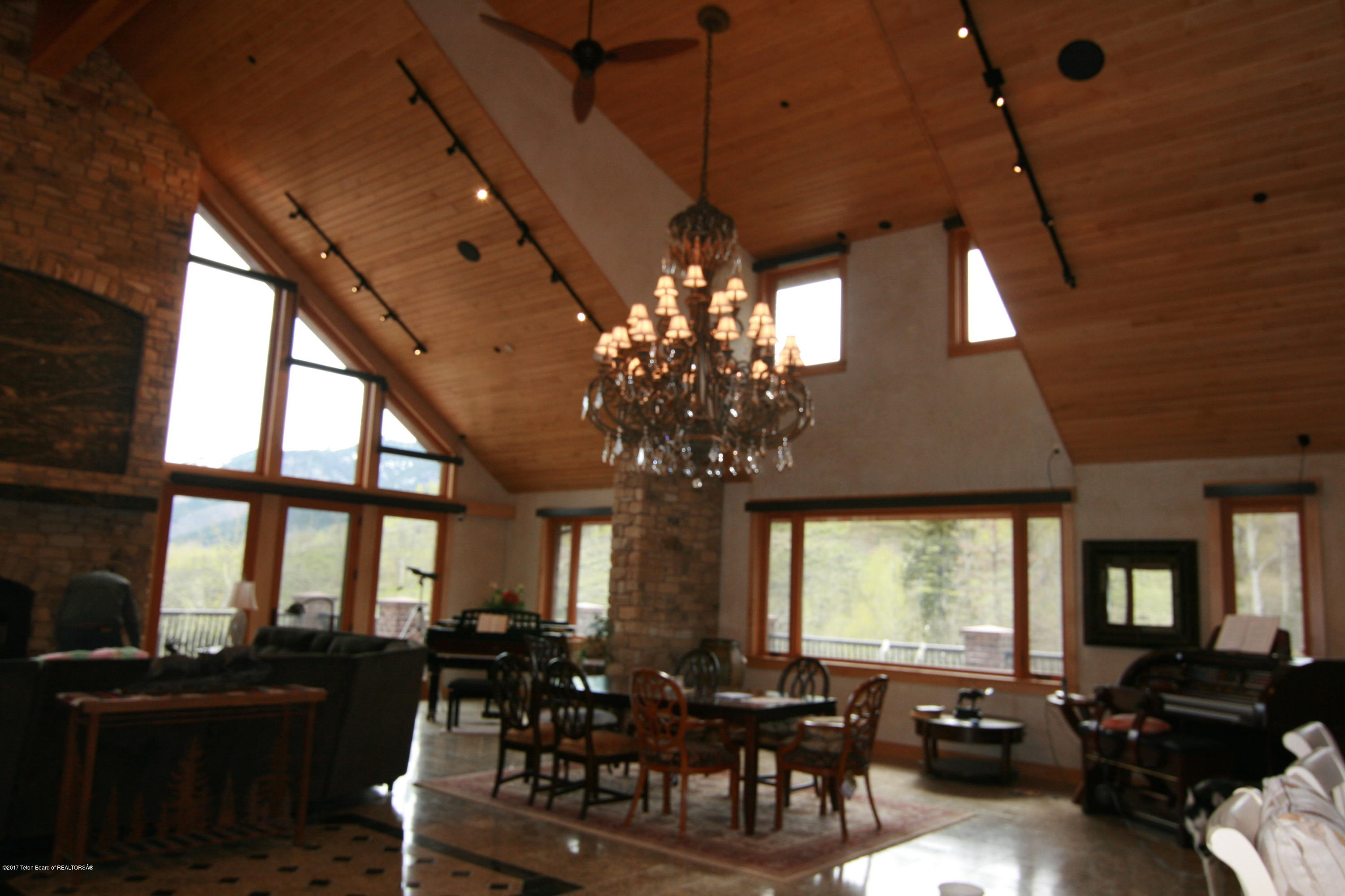Jackson Real Estate And Homes For Sale Christies International Office Chandelier Rewiring Project Remodern Ranch