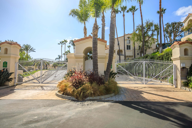 Condominium for Sale at 6483 Zuma View Place #105 6483 Zuma View Place Malibu, California 90265 United States