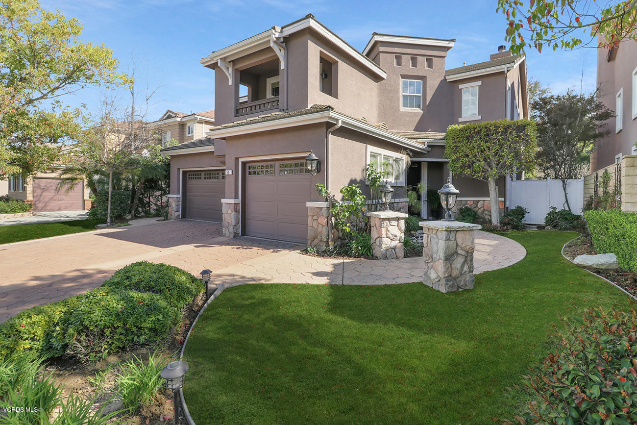 52 W Boulder Creek Road, Simi Valley, California