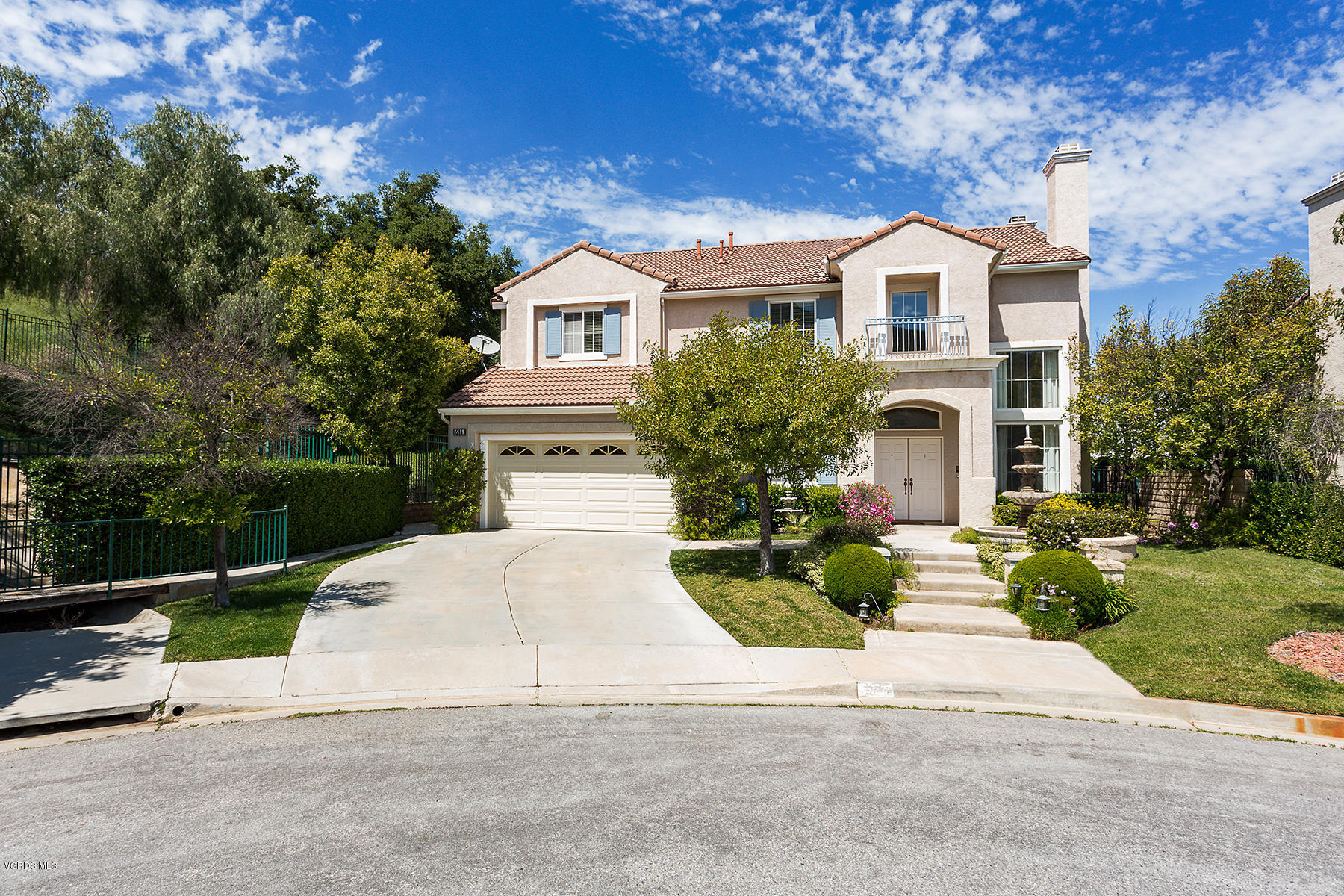685 Starbright Court, Simi Valley, California