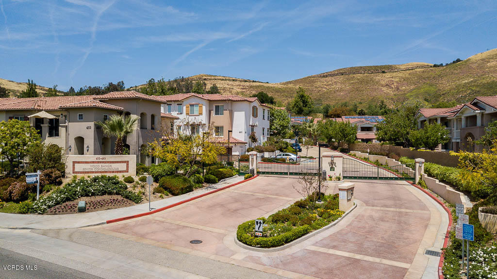 477 Country Club 222 Drive, Simi Valley, California