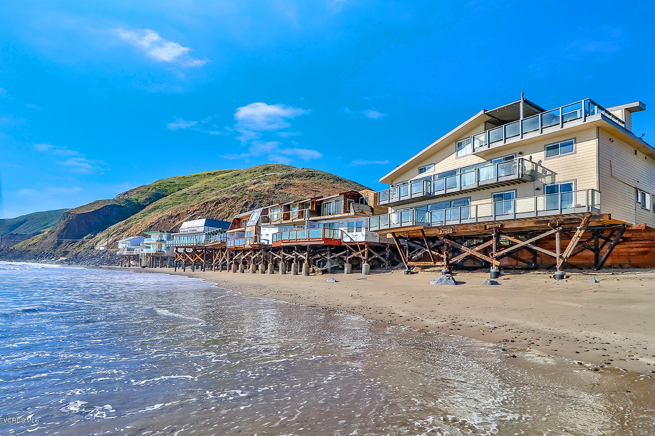 42620 Pacific Coast Highway - Malibu Beach, California